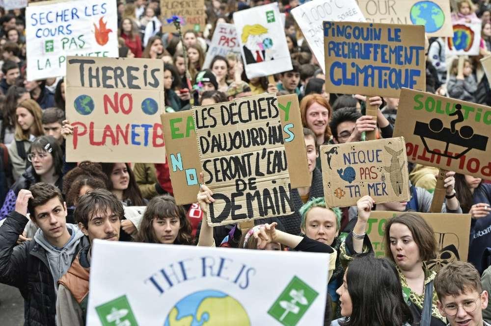 """18. Table ronde """"Jeunes d'aujourd'hui, en marche pour le climat, quel engagement citoyen?"""""""