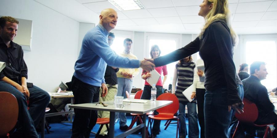 Le nouveau système favorise l'initiative et le développement des compétences