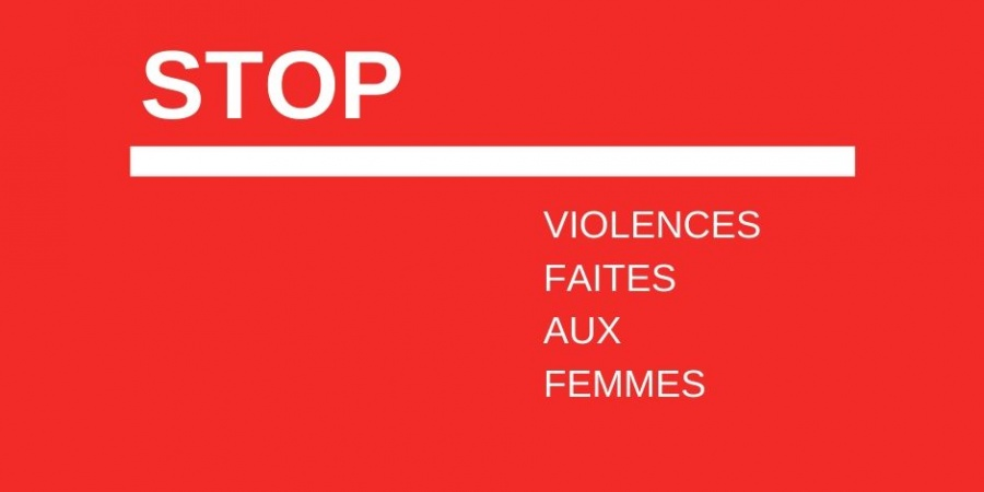 lettres sur le fond rouge stop violences faites aux femmes