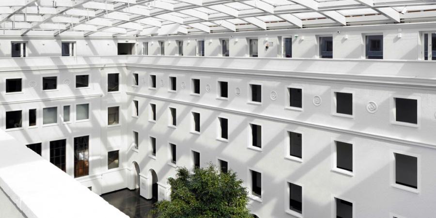 Bâtiment principal - cour intérieure / © OMC