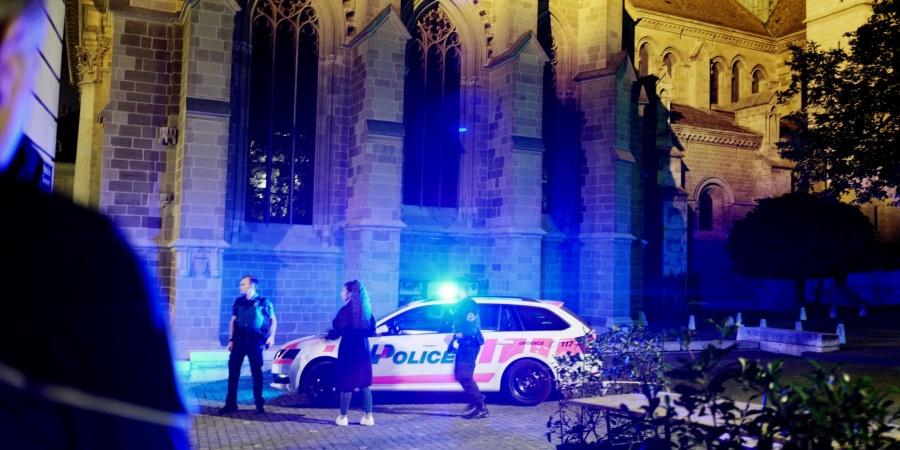 Police secours en vieille ville
