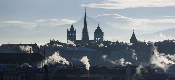 panorama de Genève avec cheminées