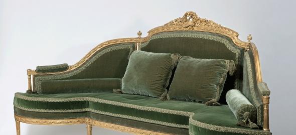 Canapé d'angle en bois de hêtre, vers 1850-1900. Photothèque du Musée d'art et d'histoire de Genève (MAH)