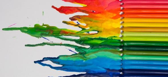 image arc en ciel - crayons