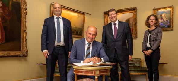 Visite de courtoisie de Monsieur Tomaso Pietro Marchegiani, consul général d'Italie à Genève