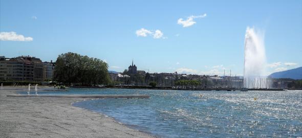 La plage publique des Eaux-Vives