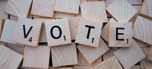 Vote en lettres de scrabble