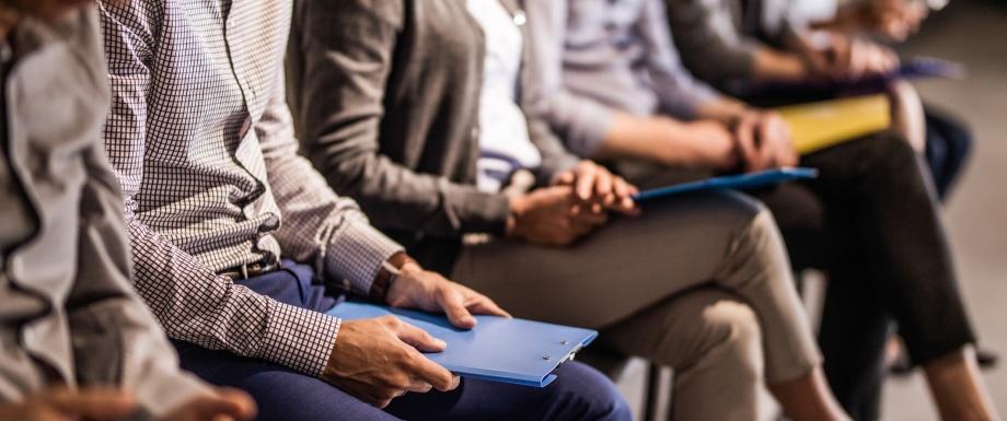 Rechercher un emploi avant de s'inscrire au chômage est une obligation légale