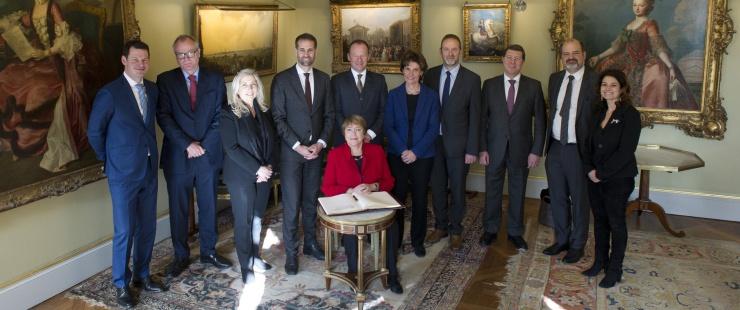 Le Conseil d'Etat et Madame Michelle Bachelet, Haute-Commissaire des Nations Unies aux droits de l'homme