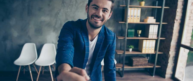 Recruter ou décrocher un emploi grâce à des allocations
