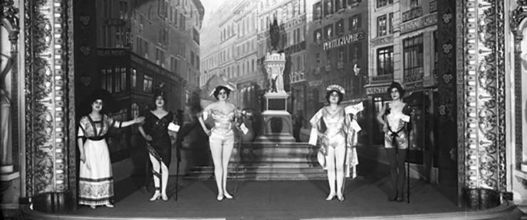 Revue 1913