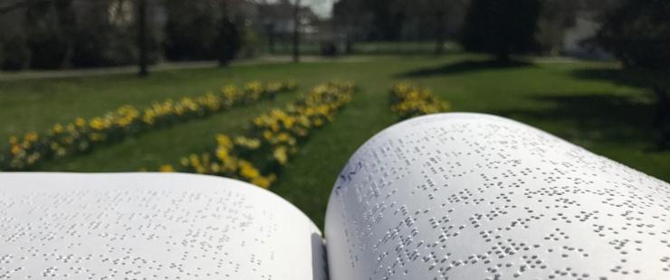 Livre en écriture braille - René Demellayer